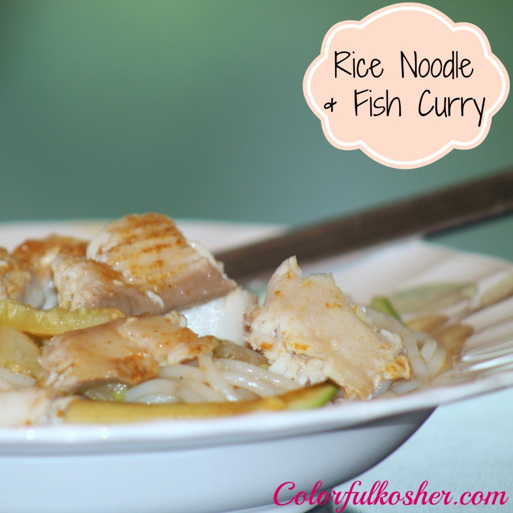 Rice Noodles Curry with Fish and Vegetables
